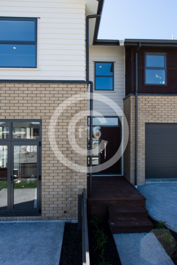f16_Redoubt_Show-Home-46